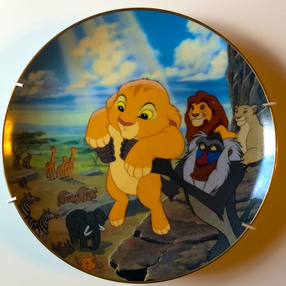 🦁The Lion King set of 12 authentic plates & certs